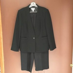 Talbots Woman's Black Pants Suit